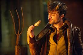 Horns is a solidly compelling midnight movie anchored by a strong lead performance from Radcliffe, who hasn't really strayed too far from his most famous role by playing another conflicted hero with magical powers and a dark past.